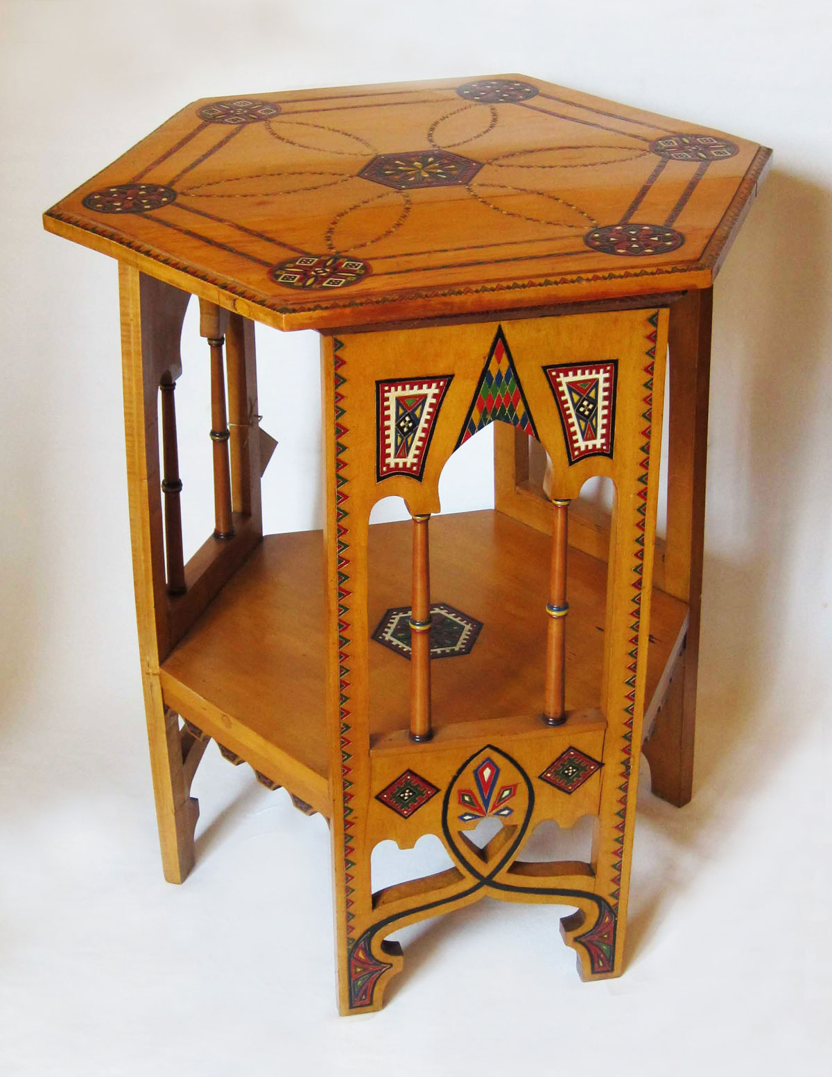 A Hand Painted Orientalist Table Martinos # Tabl Ferforge Modele